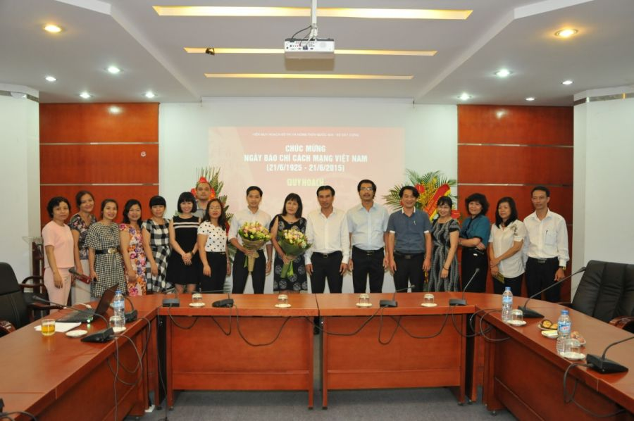 General director congratulates journalists on Vietnam revolutionary journalism day