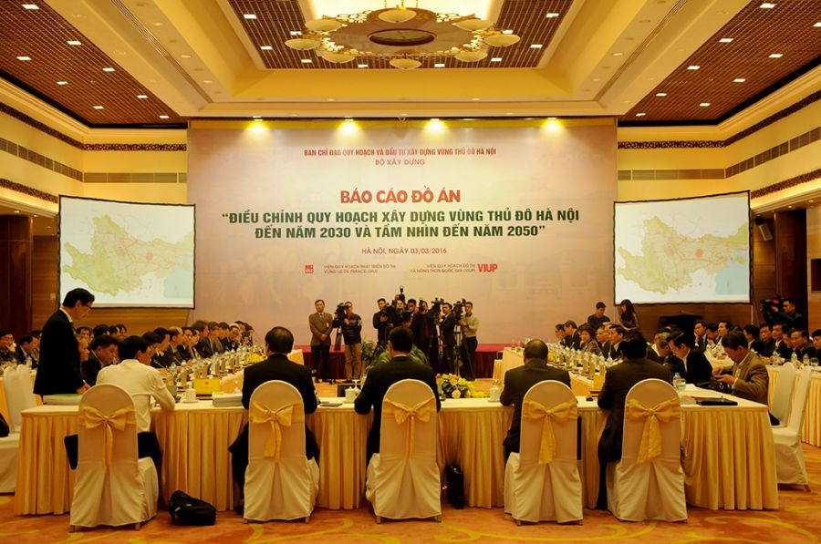 Report on Ha Noi capital regional construction plan