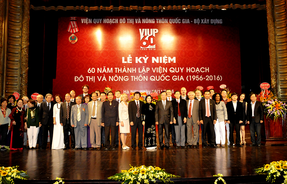 Vietnam Institute for Urban and Rural Planning celebrated its 60th anniversary 1956 – 2016)