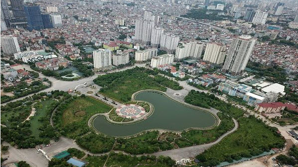 Hanoi needs effective planning to develop urban green spaces
